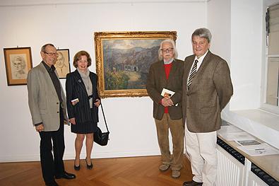Dr. Karlheinz von den Driesch mit Gattin vor dem uns geschenkten Ziercke-Gemälde